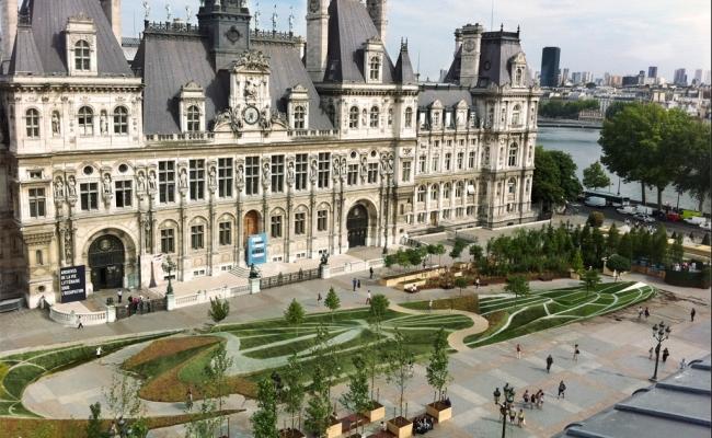 Anamorphose de François Abélanet pour la Mairie de Paris